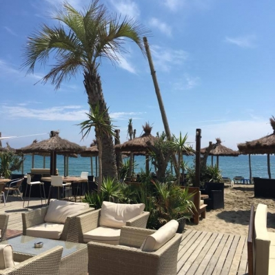 naudo-beach-club-terrasse-2017